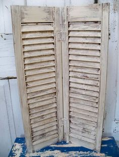 Vintage painted distressed farmhouse white shutter wooden shabby chic -  #home_design #home_decor #home_ideas #kitchen #bedroom #living_room #bathroom - http://myshabbyhomes.com/vintage-painted-distressed-farmhouse-white-shutter-wooden-shabby-chic/
