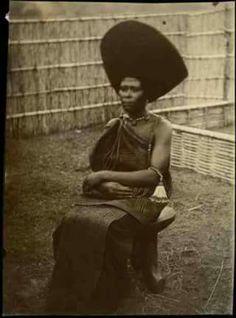 Before 130s year ago.Oromoo ,Jimmaa East Africa. Waggaa 130 dura dubartoota oromoo nannoo jimmaa!!