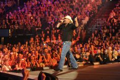 Toby Keith will co-host at the 2012 CMT Music Awards at Bridgestone Arena in Nashville  #onlyinnashville
