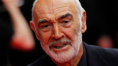 Sean Connery, who embodied a James Bond of sly humor and style, dies at 90