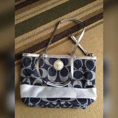 Authentic Coach purse, open to offers! :) Denim shoulder bag, great condition! Coach Bags Shoulder Bags