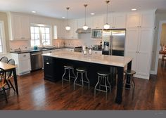 L-shaped kitchen with island