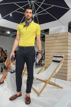 Nautica Spring-Summer 2017 - New York Fashion Week Men's fanciful megacosm Stylish Mens Fashion, Latest Mens Fashion, New York Fashion, Look Fashion, Fashion Tips, Stylish Outfits, Fashion Trends, Moda Formal, Style Masculin