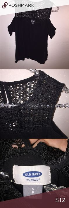Small black open shoulder top Old Navy small black open shoulder top. Wore once. Old Navy Tops