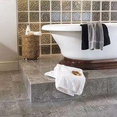 Стеклоблоки в ванной комнате