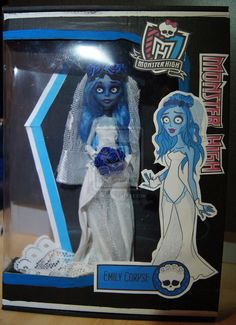 """The new Monster High Doll: Emily Corpse daughter of the Corpse. My Dol repaint inspiret by the movie """" Corpse Bride"""" Emily Corpse, Monster High Doll Arte Monster High, New Monster High Dolls, Love Monster, Monster High Custom, Monster High Repaint, Monster High Beds, Corpse Bride Doll, Personajes Monster High, Ever After High"""