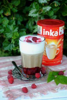 Kawa Inka z konfiturą malinową I Want To Eat, Coffee Drinks, Parfait, Panna Cotta, Good Food, Cooking Recipes, Sweets, Foods, Snacks