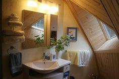 bear creek upstairs bath