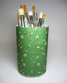 http://arabelastefania.blogspot.ro/2011/03/tutorial-reciclare-cu-tehnica.html
