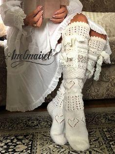 Crochet Socks, Knitted Slippers, Knit Mittens, Knitting Socks, Baby Knitting, Knit Crochet, Knitting Stitches, Knitting Patterns Free, Slouch Socks