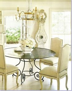 Dining room Love...I really LOVE this table.  I'l love it to have a glass top...
