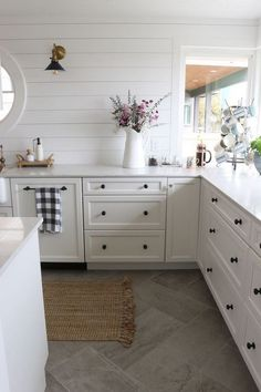 Home Remodeling White Cabinets Small Kitchen Remodel Reveal! - The Inspired Room - This small kitchen remodel reveal by The Inspired Room will inspire you with ideas for galley kitchens and how to add character.to a small space. White Kitchen Cabinets, Kitchen Tiles, New Kitchen, Kitchen White, Kitchen With Tile Floor, Narrow Kitchen, Kitchen Cabinetry, Kitchen Tile Flooring, Kitchen Small