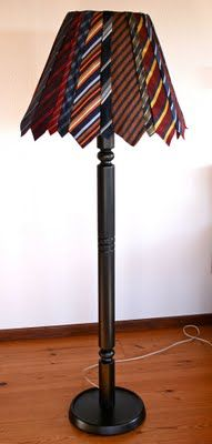 lampskärm av slipsar