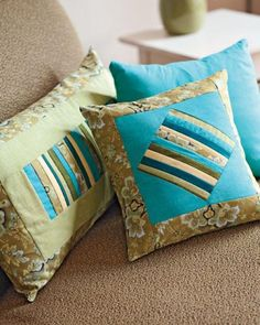 Free Pillow Patterns - use up fabric scraps and stash.  Lots of free tutorials here