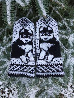 Купить Варежки с орнаментом Щенок в интернет магазине на Ярмарке Мастеров