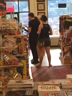 Bill Skarsgard standing in line at a convenience store. Bill Skarsgard Pennywise, Netflix Instant, Zombie Wedding, Skarsgard Family, Roman Godfrey, Kid Sister, Pennywise The Dancing Clown, He Is Coming, Childhood Friends