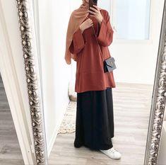 Hijab Chic, Casual Hijab Outfit, Hijab Dress, Abaya Style, Street Hijab Fashion, Abaya Fashion, Modesty Fashion, Fashion Outfits, Hijab Mode Inspiration