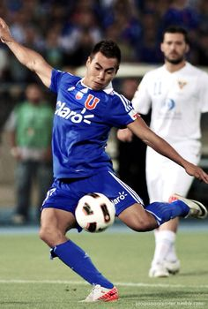 Goleador de América. Eduardo Jesús Vargas Rojas. Good Soccer Players, Football Players, Chile, World Football, Grande, Legends, Running, Ideas, Deporte