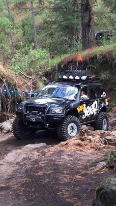 Lifted Jeep Cherokee, Jeep Grand Cherokee Zj, Jeep Wj, Jeep Cars, Manly Things, Off Road Adventure, Jeep Stuff, Rubicon, Jeep Life