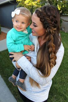My ridiculously good looking friend and hair extraordinaire! Love the braid! Wavy Haircuts, Hat Hairstyles, Elegant Hairstyles, Formal Hairstyles, Updo Hairstyle, Wedding Hairstyles, Inverted Braid, Chignon Wedding, Braided Hairstyles Tutorials