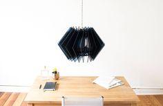 Die L16 Lampen Serie ist eine dekorative und handgefertigte Acrylglas Designer Lampe, in moderner Optik, für eine stimmungsvolle Beleuchtung in deinem Zuhause.  Leuchte aus Acrylglas, schwarze Lampe, Design Lampe, knallige Lampe, farbige Leuchte, Raum färbende Leuchte, Akzent Lampe, Lampenschirm, NEU von UnikatUndKleinserie auf Etsy