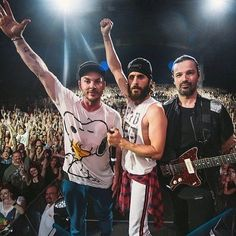 «#Mars ❤ @jaredleto @shannonleto  @tomofromearth  @30secondstomars  #30SECONDSTOMARS…»
