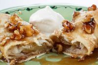 Apple Enchiladas are an easy dessert