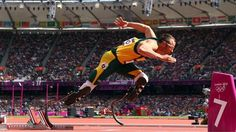 London Olympics: Day 8 - Double-amputee Oscar Pistorius of South Africa competes in the men's Round 1 Heats on Day 8 of the London 2012 Olympic Games on Saturday. Oscar Pistorius, Storm London, 2012 Summer Olympics, Things To Do In London, How To Run Faster, Blade Runner, Track And Field, Olympic Games, Olympic Sports
