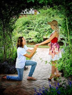 There was no plan to propose that day, but when he felt the moment was right, he knew he had to ask the big question. It was a beautiful spontaneous proposal in the garden!