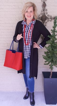 50 IS NOT OLD | CHOOSING RED ACCESSORIES | FASHION OVER 40 | Gingham Plaid | Duster | Fashion over 40 for the everyday woman #women'sfashionforover40 #women'sfashionforover50 #women'sfashionover40 #women'sfashionover50