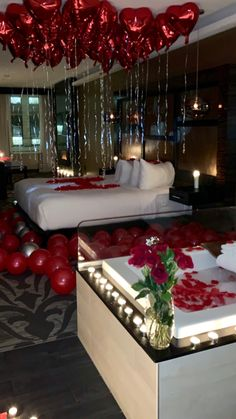 Many couples are making Valentine Days as romantic as possible. Wedding Night Room Decorations, Romantic Room Decoration, Birthday Room Decorations, Romantic Bedroom Decor, Surprise Party Decorations, Wedding Bedroom, Balloon Decorations, Table Decorations, Romantic Room Surprise