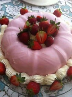 Strawberry Yoghurt Pudding - by Cape Malay Chef, Fatima Sydow