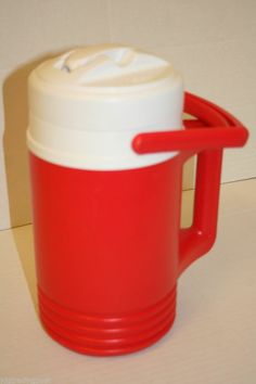 Igloo Legend 2 Handle Water Jug 1/2 Gallon Cooler Pitcher Thermos Red 1994 USA #Igloo