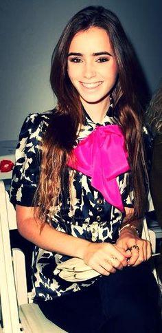 Lily Collins she's so pretty!!!!!