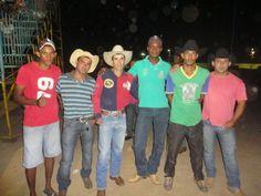 PORTAL DE ITACARAMBI: PEÕES FAZEM A FESTA NO ANIVERSÁRIO DA CIDADE DE IT...