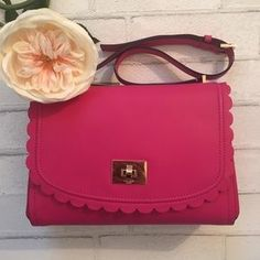 kate spade Handbags - ✨Kate Spade Pink Scalloped Shoulder Bag✨