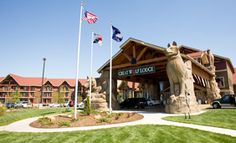 Great Wolf Lodge:  huge indoor waterpark (80,000 sq. ft.), mini-golf, Elements spa for adults & Scooops spa for kids!  Cool themed suites available.