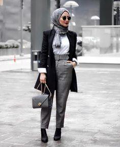 Winter Hijab 2019 - 23 Styles of Hijab Chic for a Winter 2019 in any elegance . - Winter Hijab 2019 - 23 Styles of Hijab Chic for a Elegant Winter 2019 - Hijab Tips Hijab Chic, Hijab Casual, Hijab Outfit, Hijab Dress, Casual Outfits, Casual Chic, Modern Hijab Fashion, Hijab Fashion Inspiration, Muslim Fashion