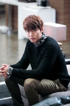 """The Men Of """"Heirs"""" 