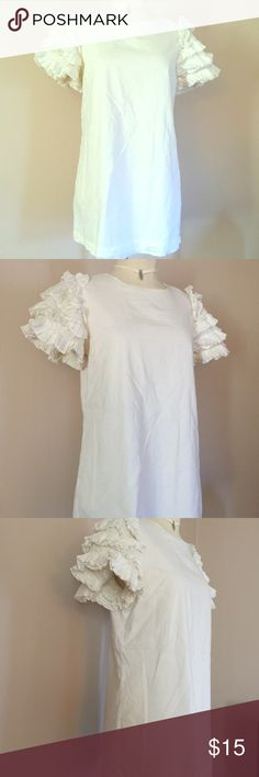 """Beautiful Bridal Ruffle Mini Dress Boho Beach M Short sleeved mini dress by Twelve by Twelve. Dress is made of cotton, and is lined with a slip. The sleeves are detailed in full ruffles. Tagged a medium and measures 34"""" across the chest, 36"""" at hips and 29"""" length. It is short, and can be worn alone or with leggings. Worn and washed a few times, but in great condition. Great for a bridal shower. Forever 21 Dresses Mini"""
