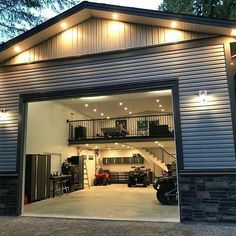 Garage Ideas For a MAN CAVE! Declutter and organize your garage then turn it into a man cave. Garage storage and organization ideas to take your garage from cluttered mess to organized success. LOTS of garage makeover pictures before and after! Design Garage, Detached Garage Designs, Detached Garage Plans, Garage Interior Design, Barn House Design, Gym Design, Barndominium Floor Plans, Man Cave Garage, Man Cave Barn