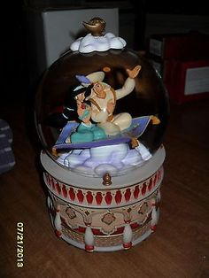 Disney Aladdin musical snow globe