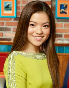 Piper Curda as Jayvee in Holding Up The Universe Old Disney Channel Shows, Disney Channel Stars, Disney Shows, Celebrity Singers, Celebrity Crush, Disney Junior, Piper Curda, Best Supporting Actor, Miranda Cosgrove