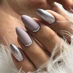 Maybe you have discovered your nails lack of some fashionable nail art? Yes, lately, many girls personalize their nails with lovely … Winter Nail Art, Winter Nails, Stylish Nails, Trendy Nails, Perfect Nails, Gorgeous Nails, Cute Acrylic Nails, Cute Nails, Fancy Nails