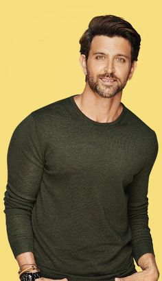 new top ten handsome hero Hrithik Roshan pictures - Life is Won for Flying (wonfy) Bollywood Stars, Celebrity Travel, Celebrity Crush, Hrithik Roshan Hairstyle, Murphy Actor, Indian Men Fashion, Mens Fashion, Indian Star, Lauren Bacall