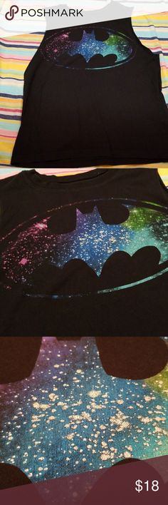 ❤$8- BATMAN SPARKLE MUSCLE Tee Looks like glitter on Batman but it isn't so wear without worrying it will fall off   Why SHOP MY Closet? 💋Most NWT or Worn Once 💋Smoke/ Pet Free 💋OVER 550 🌟🌟🌟🌟🌟RATINGS & RISING! 💋TOP 10% Seller  💋TOP RATED 💋 FAST SHIPPER  💋BUNDLES 20% OFF 💋EARN VIP $$$- SPEND ANYTIME  💋QUESTIONS?? PLEASE ASK! ❤HAPPY POSHING!!! 💕 Batman Tops Muscle Tees