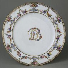 Sèvres plate from the service of Madame du Barry, 1770-71. Sèvres, Cité de la céramique