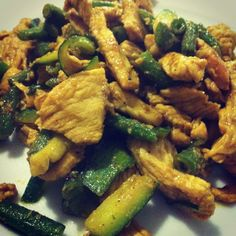 Turkey, zucchini and green beans with curry! Yummy