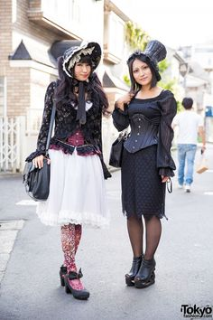 Gothic Harajuku Girls in h.NAOTO, Axes Femme, Alice and the Pirates, K.victoria & PureOne Corset Works (Tokyo Fashion, 2015)
