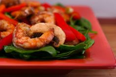 Asian Spinach Salad with Shrimp, Red Pepper and Mushrooms